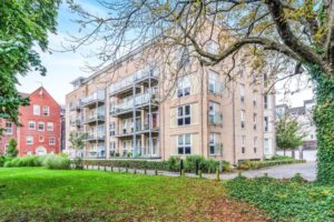 renting in banister park with Knights Porter